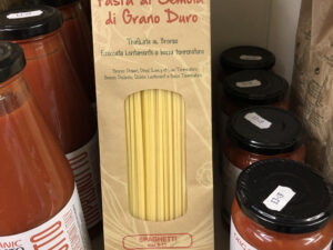 Italian Pasta and ready to use organic sauces